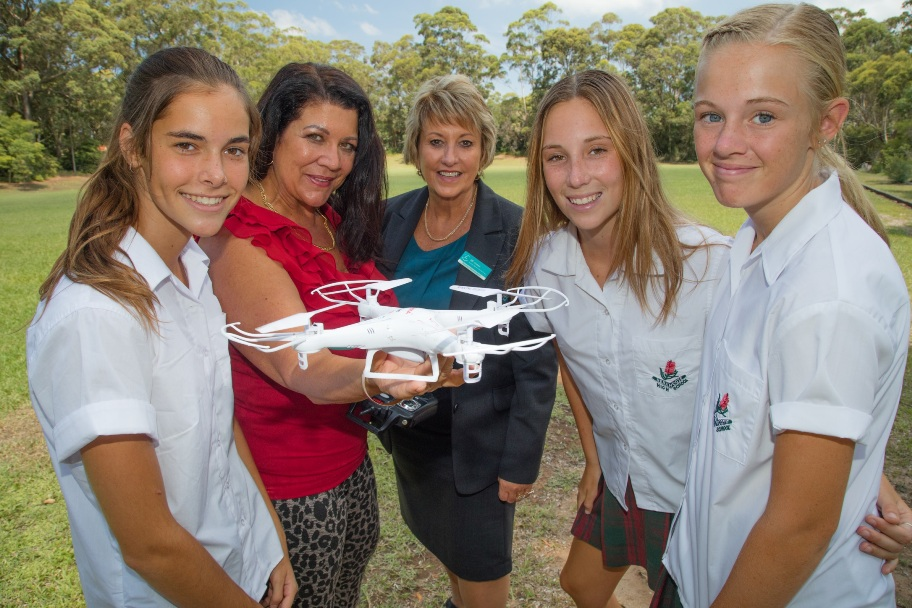 Wallace-Massone On Mission To Get Girls Into Stem -5673