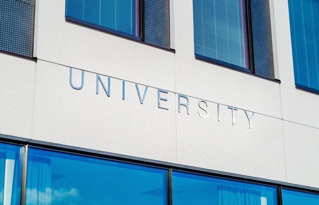 Australian university funding cuts and fee rises blocked